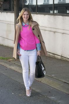 Britt+Whit: Whit rocking a hot pink sweater and white denim!