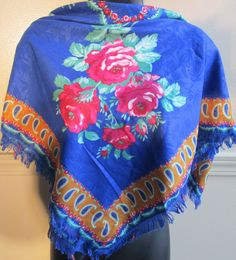 Stunning Vintage Floral Shawl/Scarf/Wrap by AlternatingPatterns
