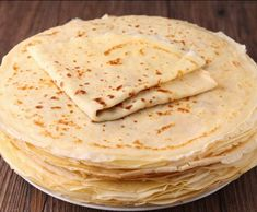 Recette crepes rapides et moelleuses par july38300 - recette de la catégorie Desserts & Confiseries