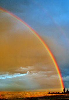 ✯ Prairie Rainbow, Photo by Ellen Lacey Under The Rainbow, Love Rainbow, Rainbow Promise, Rainbow Magic, Rainbow Photo, What A Wonderful World, Beautiful World, Beautiful Places, Tornados