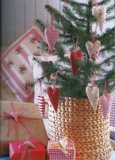 Fabric hearts tree decorations...