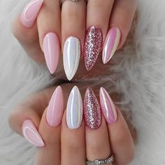 The trend of almond shape nails has been increasing in recent years. Many women who love nails like almond nail art designs. Almond shape nails are suitable for all colors and patterns. Almond nails can be designed to be very luxurious and fashionabl Nail Swag, Winter Nails, Spring Nails, Summer Nails, Diy Your Nails, Almond Nail Art, Almond Nails Designs, Gel Nagel Design, Instagram Nails