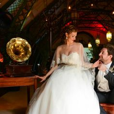 Here at Discovery Museum we can offer you and your guests an exclusive and alternative wedding venue in Newcastle upon Tyne for your ceremony and reception. Got Married, Getting Married, Bedding And Curtain Sets, Bedding Sets, Museum Wedding Venues, Alternative Wedding Venue, 1920s Glamour, Discovery Museum, 1920s Wedding