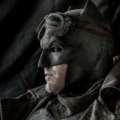 Batman vs Superman - A Origem da Justiça: Confira nova foto do Homem-Morcego - Notícias de cinema - AdoroCinema