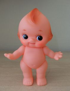 omg! This was the doll I played with as a kid, not a barbie, a cupie!!