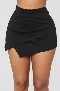 What's In The Envelope Skirt - Black Women's Fashion Dresses, Skirt Fashion, Dress Outfits, Short Outfits, Stylish Outfits, Cute Outfits, Curvy Fashion, Look Fashion, Womens Fashion