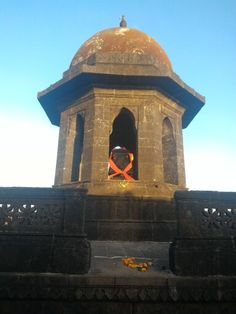 See 10 photos and 2 tips from 39 visitors to Raigad Fort. Raigad Fort, Hindi Calligraphy Fonts, Font Software, Indian Art Paintings, Forts, Palaces, Shiva, Castles, Jay