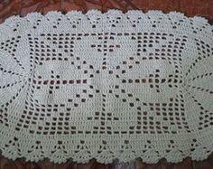 Tapete de Crochê Oval Flor de Liz