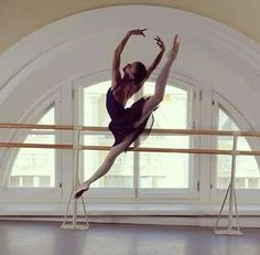 sarettasalvatore: ballerinalife97 : ♥ - https://weheartit.com/entry/136542128 ♡♡