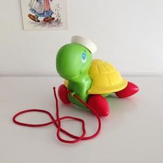 Image of Tortue Fisher Price A Tirer Vintage 1977 Pattes Rouges