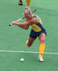 Kate Hollywood est un jouer pour l'equipe d'Australie. Elle est très forte et son hit a super forme. Elle jouait dans Les Jeux Olympiques en 2008.