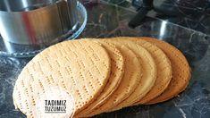RUSLARIN MEŞHUR MEDOVİK PASTASI TARİFİ - EN ORJİNAL HALİYLE ANLATTIM - TADIMIZTUZUMUZ - YouTube International Recipes, Tart, Biscuits, Ethnic Recipes, Youtube, Foods, Cakes, Crack Crackers, Food Food