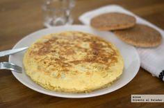 Receta de tortilla de patata ligera. Con fotos del paso a paso y la presentación. Trucos y consejos de elaboración. Recetas de huevos y tortillas