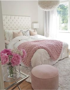 Teen Girl Bedrooms exceptional concept - Basic yet cushy teenage girl room tips. For other wonderful decor info why not jump to the image this instant. Pink Bedroom Decor, Cozy Bedroom, Dream Bedroom, Trendy Bedroom, Bedroom Bed, Feminine Bedroom, Bedroom Neutral, Light Bedroom, Bedroom Lighting