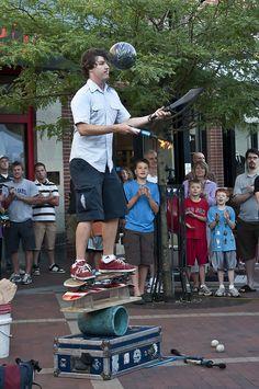 Burlington street performer