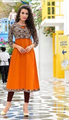 Salwar Neck Designs, Churidar Designs, Kurta Neck Design, Dress Neck Designs, Kurta Designs Women, Blouse Designs, Jacket Style Kurti, Kurti With Jacket, Kurtha Designs