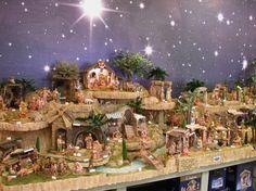christmas fontanini nativity sets for amazing living room decoration Christmas Village Display, Christmas Nativity Scene, Christmas Villages, Christmas Traditions, Christmas Holidays, Christmas Crafts, Christmas Decorations, Nativity Scenes, Christmas Printables