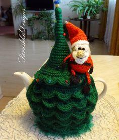 Tea cosy Christmas tree crochet Santa Claus by SavushkaDesigns