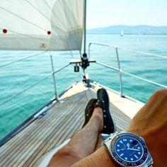 Use Hashtag #RolexWrist sur Instagram : Relaxing Rolex Wrist of @gmtfanatic . Use hashtag #RolexWrist ------------------------------------------- #omega #hublot #rolex #rolexgmt #seadweller #skydweller #yachtmaster #datejust #airking #mondani #watchnerd #watchporn #datejustii #tudor #audemarspiguet #mbandf #urwerk #tagheuer #devontread #ulyssenardin #batman #daytona #explorer2 #submariner #rolexsubmariner #richardmille #patekphilippe #daydate #milgauss