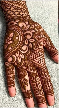 Henna Hand Designs, Mehndi Designs Finger, Mehandi Design For Hand, Mehndi Designs For Kids, Mehndi Designs For Beginners, Unique Mehndi Designs, Mehndi Designs For Fingers, New Bridal Mehndi Designs, Palm Mehndi Design