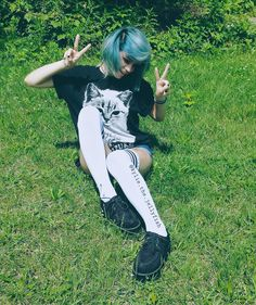 Emo Scene Hair, Emo Hair, Emo Outfits, Grunge Outfits, Short Dyed Hair, Luanna Perez, Hair Loss Causes, Black Parade, Alternative Hair