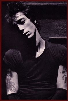 "proximacentaurie: ""Johnny Thunders """