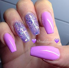 Having short nails is extremely practical. The problem is so many nail art and manicure designs that you'll find online Hot Nails, Swag Nails, Pink Nails, Glitter Nails, Hair And Nails, Black And Purple Nails, Silver Glitter, Cute Acrylic Nails, Acrylic Nail Designs