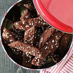 4. desember og sjokoladepinner ❤️ @trinesmatblogg #trinesjul #trinesjul #f52grams #thefeedfeed #christmas #foodie #jul Christmas Treats, Sweet Treats, Food And Drink, Cupcakes, Sweets, Cookies, Desserts, Recipes, Board