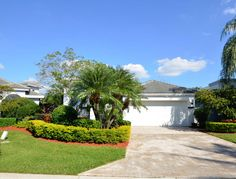 Susan Demerer: BocaExecutiveRealty just listed this Home in #BrokenSoundCountryClub in #BocaRaton