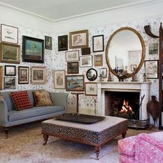 Cosy Living Room Ideas on HOUSE. Discover stylish new living room design ideas, as we uncover the elements needed to create and inviting space English Country Style, Country Style Homes, English Countryside, English Manor, English House, New Living Room, Living Room Decor, Cozy Living, Living Spaces