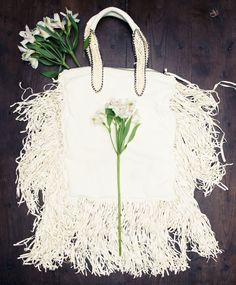 """Women's Bags : Picture Description """"[Barbara Bonner is] a friend of mine who has an amazing line out of Italy. First Trade, Best Handbags, Fendi Bags, Alaia, Really Cool Stuff, Reusable Tote Bags, Amazing, Italy, Picture Description"""