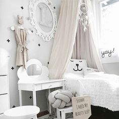 white and grey girl's bedroom credit: @mamma.karita ⭐