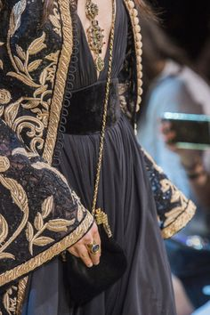 a blog with a view Couture Mode, Elie Saab Couture, Style Couture, Couture Fashion, Runway Fashion, Couture Details, Dress Couture, Look Fashion, Fashion Details