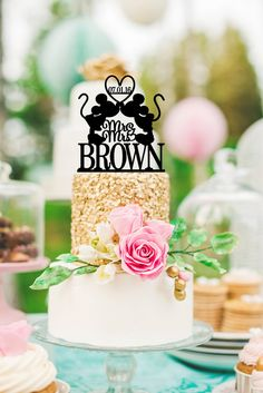 Personalized Mickey and Minnie Mr & Mrs Wedding Cake Topper  .:. Lead Time .:. Welcome to The Pink Owl. We love to allow 3-4 weeks production time for your custom made piece. If you need your order sooner please check with us. We can normally accommodate most customers but please contact us prior to purchasing to be sure we are able to fit your order in. :)  .:. What You Get .:. You will receive one cake topper in the style shown. The topper in our example photo is a 5.5 wide topper on a ...