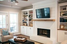 If your fireplace is in desperate need of a new appearance, you've come to the correct place! Because of this, seeing a brick fireplace is rather common, but there's more than 1 style. White brick fireplace employs unused bricks to… Continue Reading → Fireplace Windows, Fireplace Built Ins, Shiplap Fireplace, Farmhouse Fireplace, Home Fireplace, Fireplace Remodel, Fireplace Ideas, Fireplaces, Fireplace Update