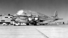 The Pregnant Guppy. NASA's needed to move components of the Apollo moon missions led to the construction of this weird-looking aircraft, adapted from a Boeing 377 Later models (Super Guppy) were turbo-prop powered. Aircraft Parts, Cargo Aircraft, New Aircraft, Passenger Aircraft, Military Aircraft, Aviation World, Civil Aviation, Guppy, Flying When Pregnant