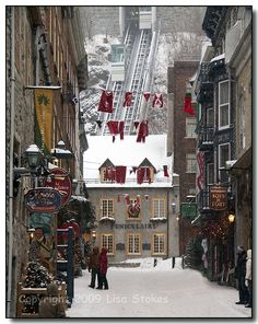Rue Sous-le-fort | Christmas in Place Royale, Quebec-City, Quebec, Canada