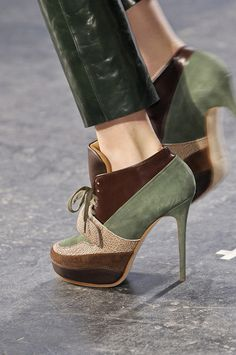 46 Shoes Trends For Starting Your WinterYou can find Pumps and more on our Shoes Trends For Starting Your Winter Women's Shoes, Me Too Shoes, Shoe Boots, Shoes Style, Dress Shoes, Pretty Shoes, Beautiful Shoes, Cute Shoes, Best Summer Shoes