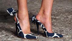 Mailänder Modewoche: Mode der italiensich-haitischen Designerin Stella Jean. Mehr zur Modewoche: http://www.nachrichten.at/nachrichten/society/Mailaender-Modewoche-mit-70-Shows-in-sechs-Tagen;art411,1503169 (Bild: epa)