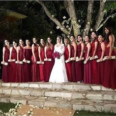 Marsalla para Madrinhas! 😍😍😍 . #universodasnoivas #noiva #weddings #wedding #weddingday #weddingdress #casamento #casamentos #vestido #vestidos #vestidodenoiva #madrinha #evento