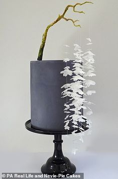 Modern Cakes, Unique Cakes, Creative Cakes, Gorgeous Cakes, Pretty Cakes, Amazing Cakes, Wedding Cake Designs, Wedding Cakes, Japanese Cake
