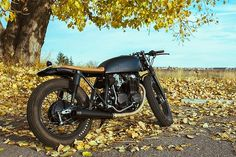 Bryan's Blacked out Honda CB550 Cafe Racer #motorcycles #caferacer #motos | caferacerpasion.com