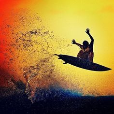 Wow! one of the most beautiful surf picture that i've seen...
