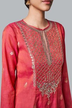 Designer Suits - Buy Ishya Suit for Women Online - - Anita Dongre Neck Designs For Suits, Dress Neck Designs, Blouse Designs, Embroidery Suits Punjabi, Embroidery Suits Design, Embroidery Stitches, Embroidery Patterns, Hand Embroidery, Designer Suits Online