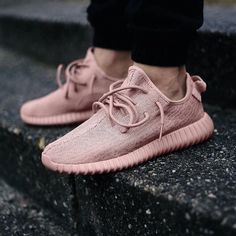 Pink Yeezy's | BE STILL, MY HEART. @stylecaster