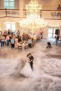 Dream wedding reception first dance inspirational Ideas Wedding First Dance, Dance Floor Wedding, Dream Wedding, Wedding Spot, Wedding Things, First Dance Photos, Luxury Wedding Venues, Event Venues, Marie