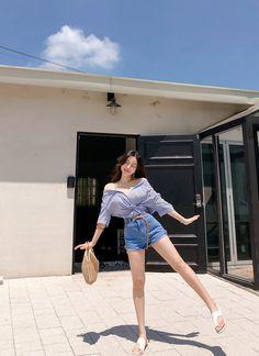 1.9 Line Korean Street Fashion, Korea Fashion, Kpop Fashion, Cute Fashion, Asian Fashion, Trendy Fashion, Girl Fashion, Fashion Outfits, Kpop Outfits