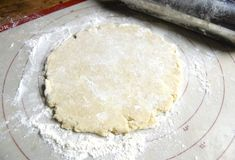 HOW TO MAKE PIE CRUST IN YOUR STAND MIXER: EASY DOES IT