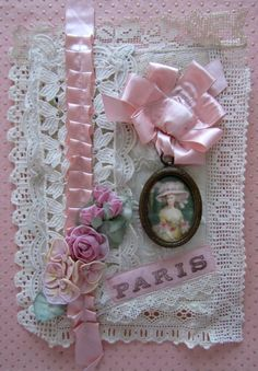 Lovely idea for lace tag.  Like the neat ribbon edging and framed vintage picture!