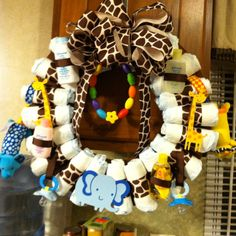 Instead of a diaper cake can I please have a diaper wreath? Baby Boy Shower, Baby Showers, Baby Shower Gifts, Baby Wreaths, Diaper Wreath, Cake Craft, Diy Baby Gifts, Shower Time, Absolutely Fabulous